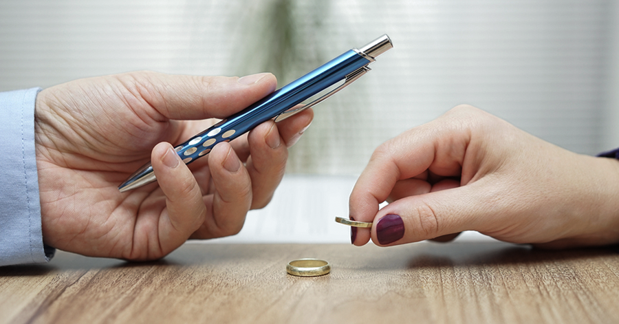 picture What To Expect From a Difficult Divorce Settlement Negotiation
